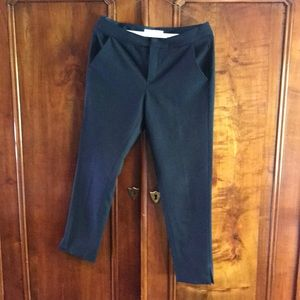 Navy cropped trouser by Everlane